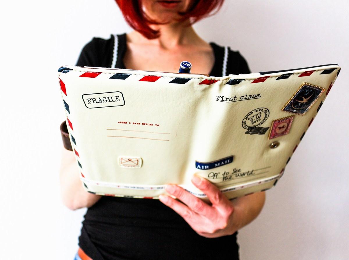 disaster-design-Paper-Plane-Travel-Wallet