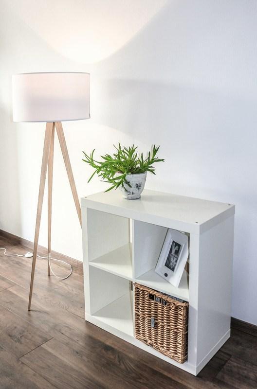 pib-stehlampe-skandinavischer-stil